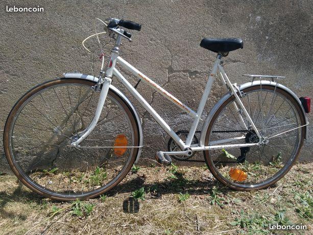 Vélo RAYMOND POULIDOR 60 La Montagne (44)