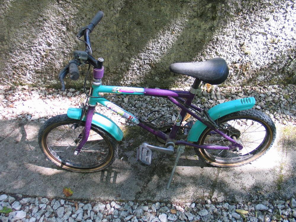 Vélo robuste à restaurer pour enfants 10 Quincy-sous-Sénart (91)
