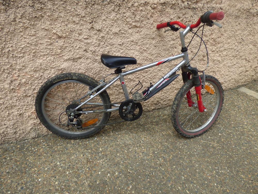 vélo rochrider décathlon 20 pouces 35 Viodos-Abense-de-Bas (64)