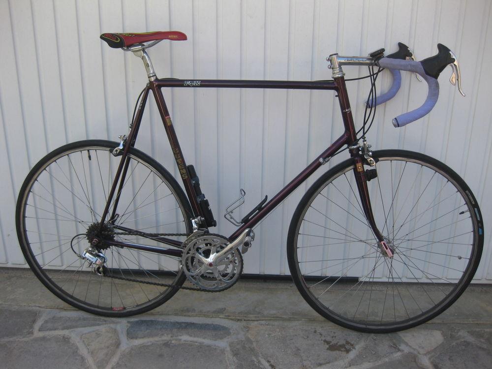 Vélo de route artisanal Vintage ROUTENS 1800 Rivière-sur-Tarn (12)