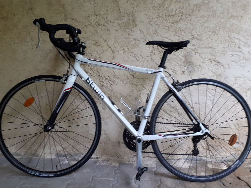 Vélo route B'Twin Trban 5 400 Avignon (84)