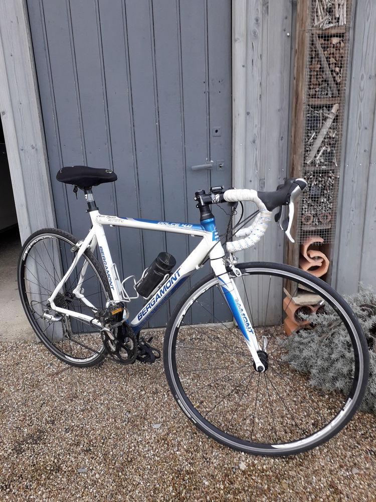 Vélo route  450 Gennes-sur-Glaize (53)