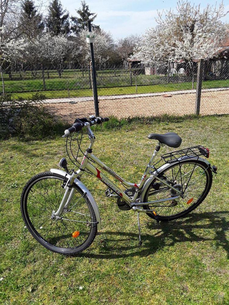 Velo urban randonnée femme 230 Bourges (18)