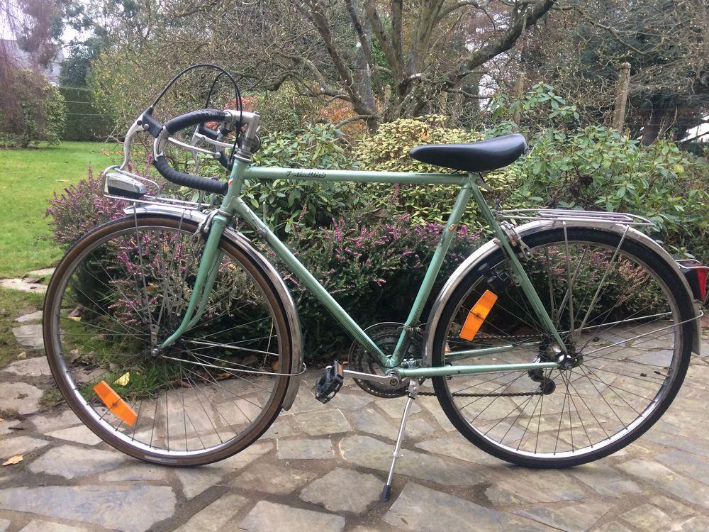 Vélo de ville fabriqué en France. 90 Combourg (35)