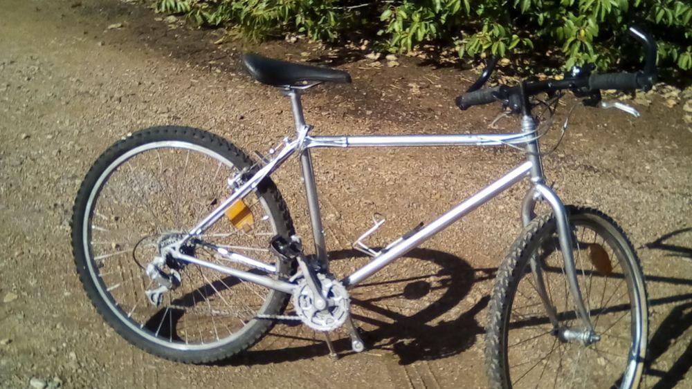 vélo VTT 12 vitesses. 50 Les Sables-d'Olonne (85)