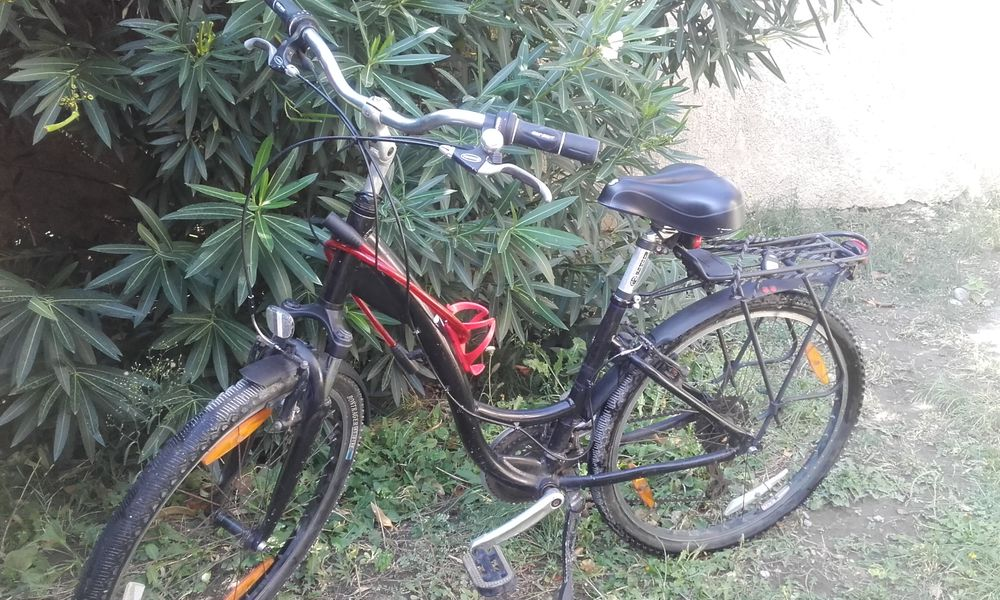 un vélo 215 Avignon (84)