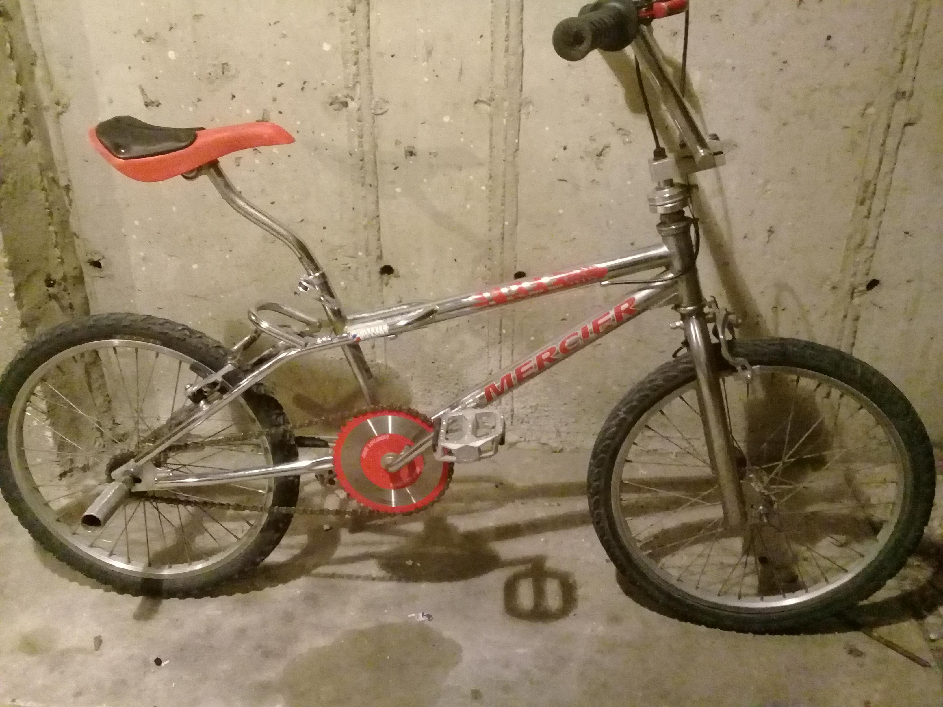 Vélo BMX 55 Pierrelatte (26)