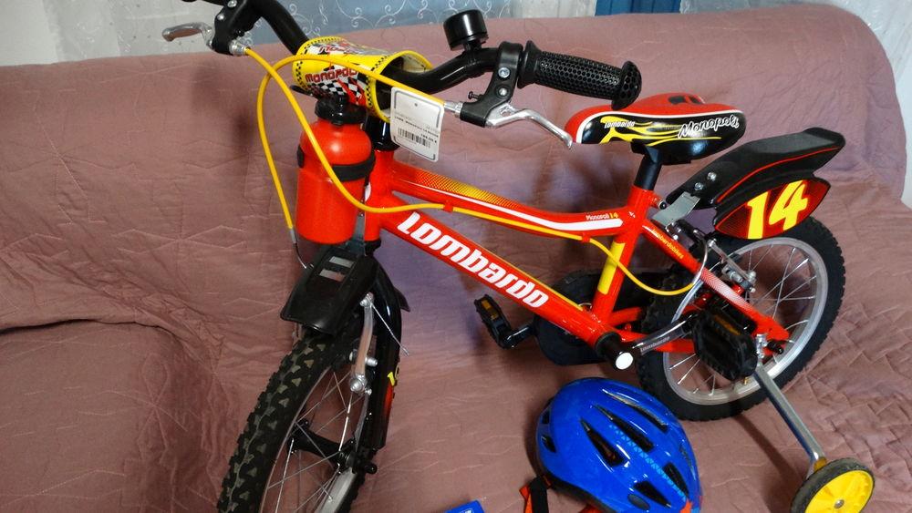 vélos enfant neuf + casque neuf 150 Pernes-les-Fontaines (84)