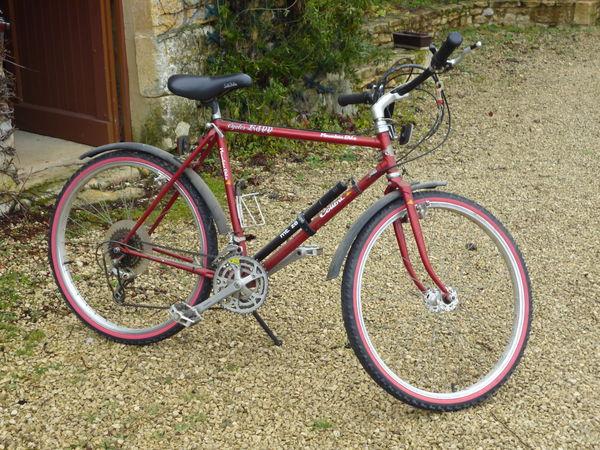 3 vélos d'occasion 100 Saint-Front-sur-Lémance (47)