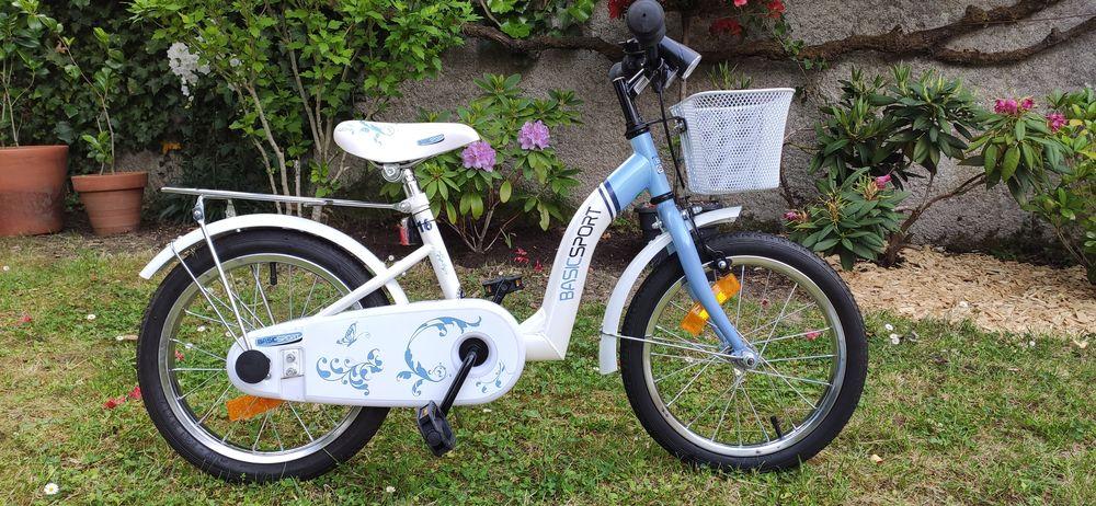 3 vélos à saisir ! 100 Rezé (44)