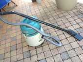 vend aspirateur liquide et poussière FIRSTLINE  1300W 30 Tassin-la-Demi-Lune (69)