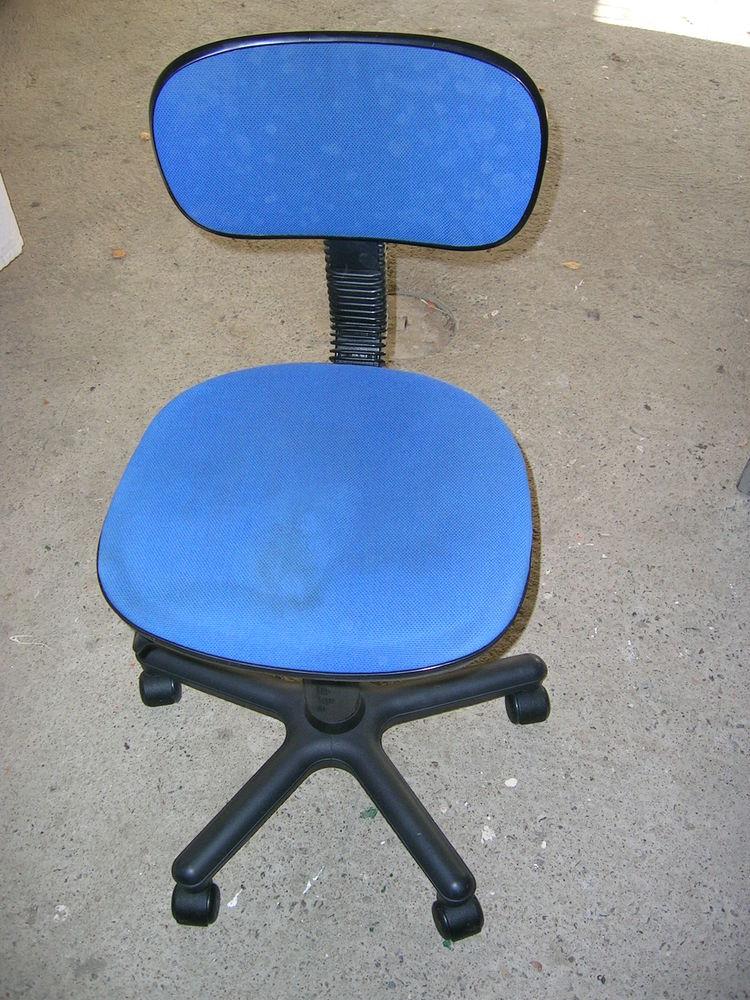 vend chaise de bureau 5 L'Hermitage (35)