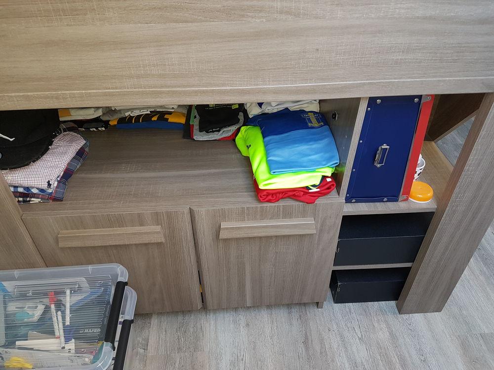 Vend chambre  mezzanine gris complète  200 Sevran (93)