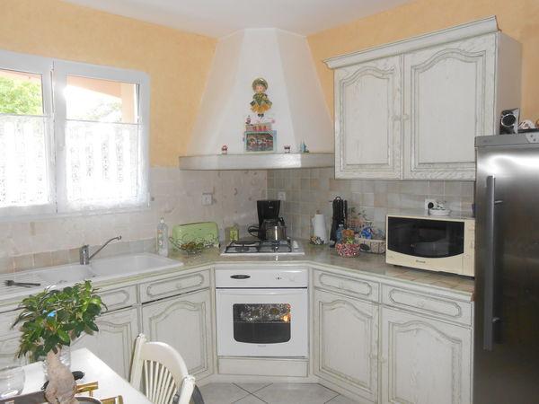 meubles de cuisine occasion la roche sur yon 85 annonces achat et vente de meubles de. Black Bedroom Furniture Sets. Home Design Ideas
