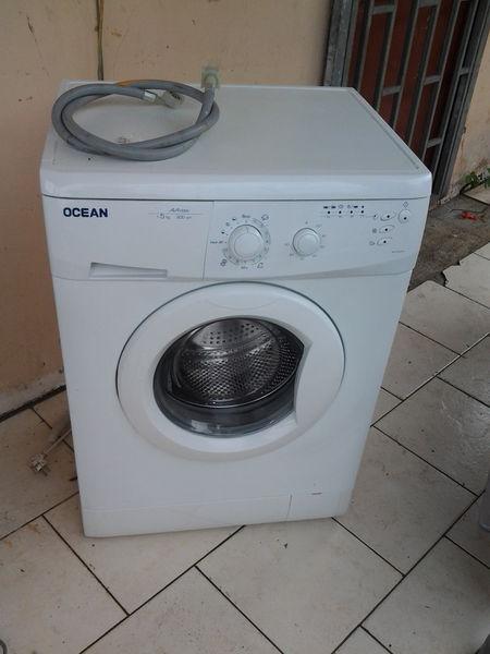 Achetez vend machine laver quasi neuf annonce vente - Vendre sa machine a laver ...