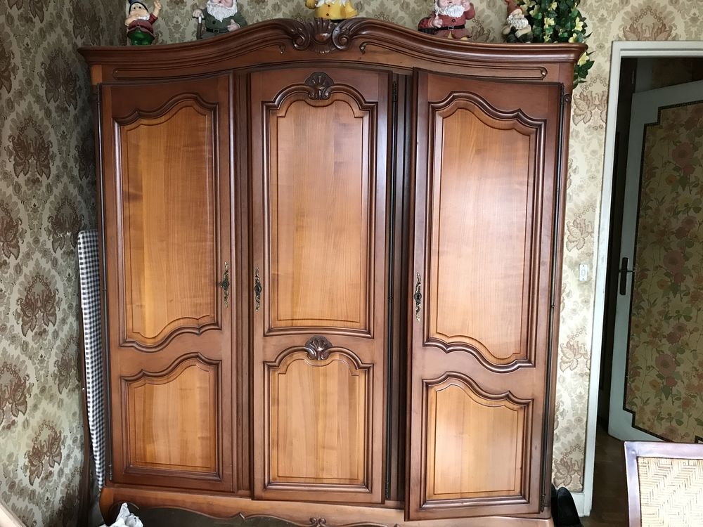 vend meubles anciens 2000 Les Lilas (93)
