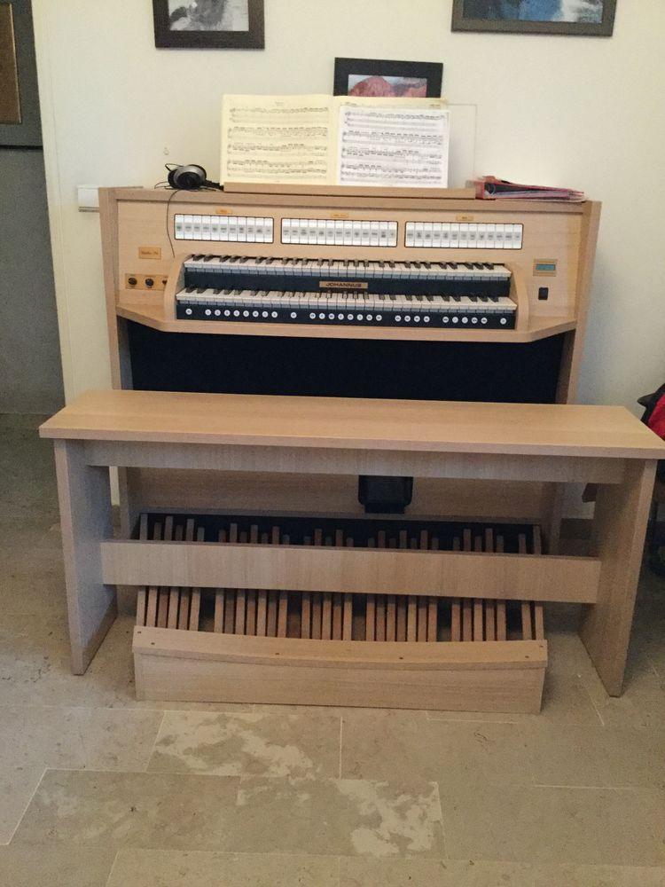 Vend orgue 4800 Mandelieu-la-Napoule (06)