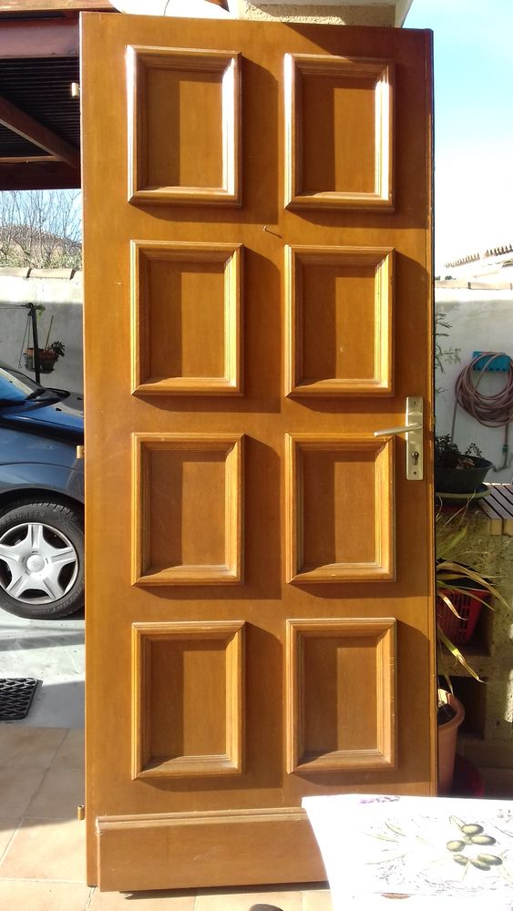 portails occasion dans le vaucluse 84 annonces achat et vente de portails paruvendu mondebarras. Black Bedroom Furniture Sets. Home Design Ideas
