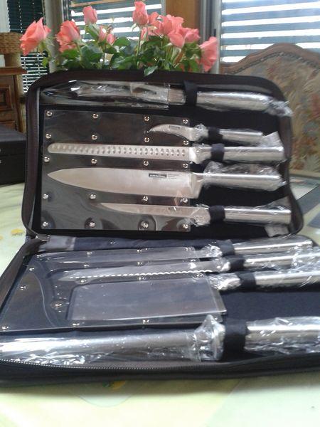 vend service à couteau  200 Niffer (68)