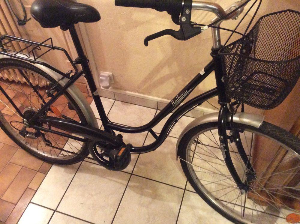 Vend vélo de ville  80 Pessac (33)