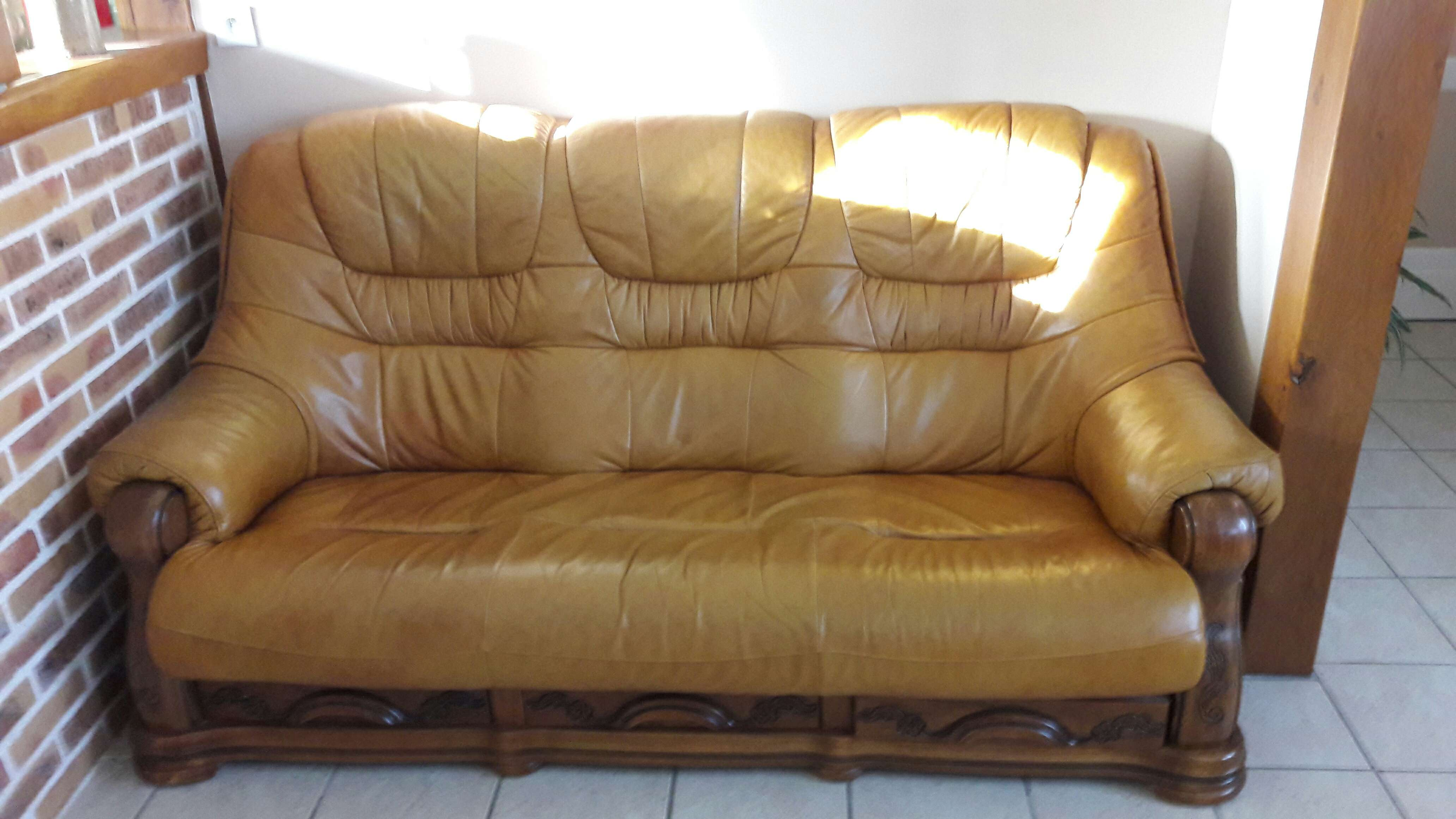 a vendre canapé cuir 120 Vierzon (18)