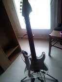 A vendre Guitare SANOX 0 Cergy (95)