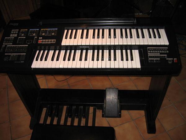 a vendre orgue yamaha HC 2 300 Valognes (50)
