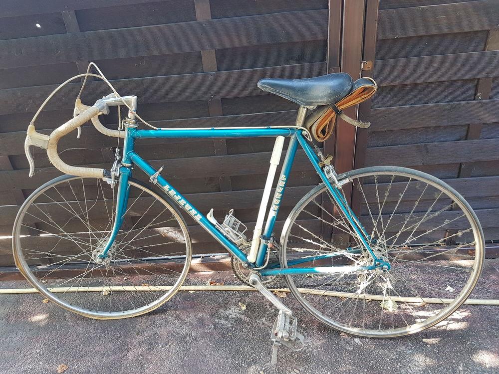 A vendre vélo de course  année 80-82 - Prix à débattre 70 Saint-Loubès (33)