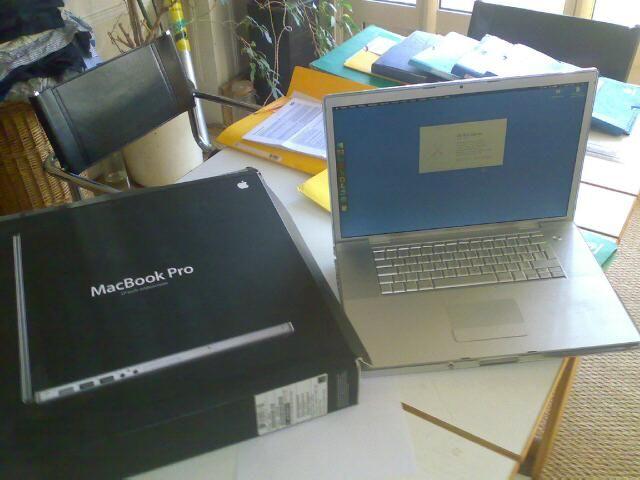 VENDS MAC BOOK PRO 17 P DE 2009 POUR 252€ Matériel informatique