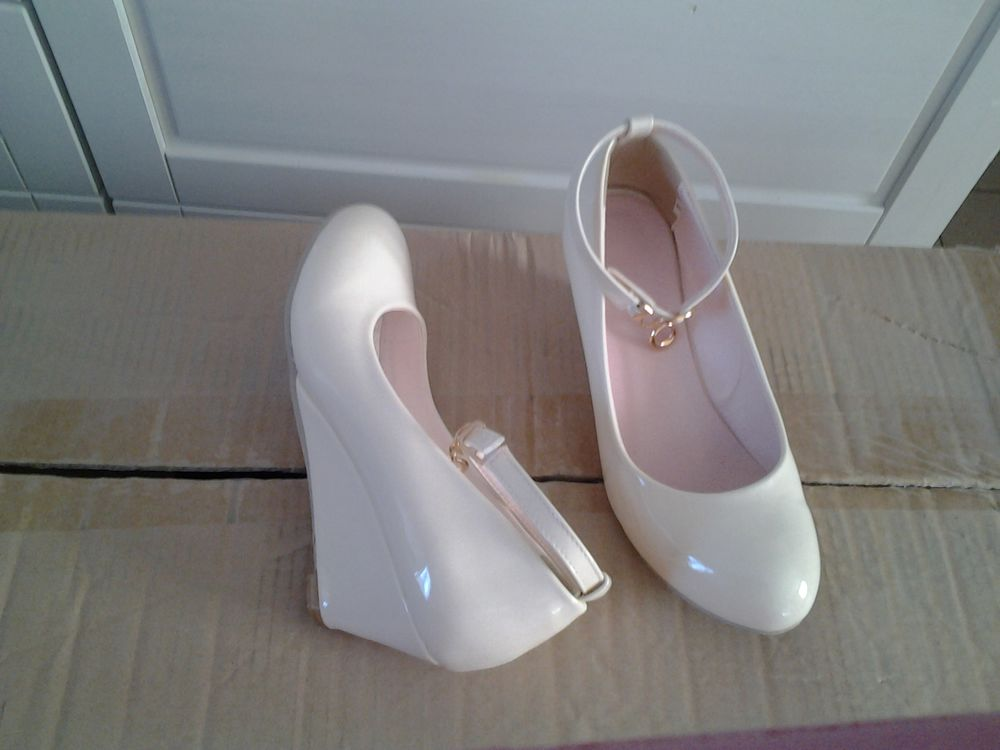 Vends, T 34 chaussures Femme 35 Mitry-Mory (77)