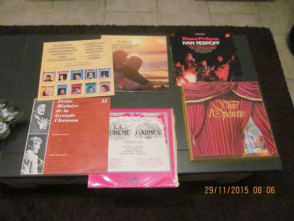 vends  lot de disques vinyl  0 Villeneuve-lès-Avignon (30)