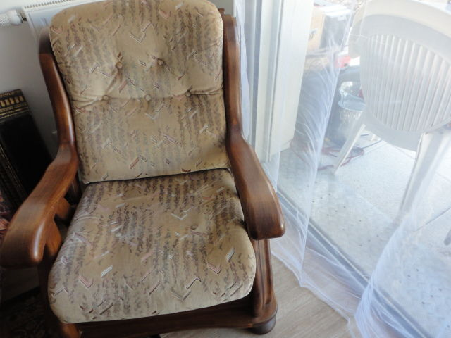 vends fauteuil grand confort peu servi 50 Rennes (35)