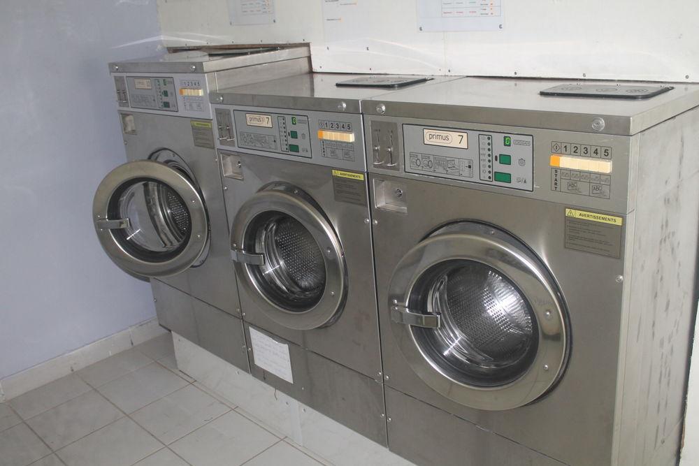 Vends lave linge et sèche linge professionnel 0 maison-jardin/vends-lave-linge-et-seche-linge-professionnel-saint-denis-97400/1219044392A1KBMAEL000 (97)