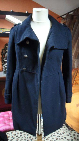 vends manteau bleu marine 8 Jonchery-sur-Vesle (51)