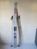 Vends skis de fond  ROSSIGNOL de 2,05 m . 80 Joigny (89)