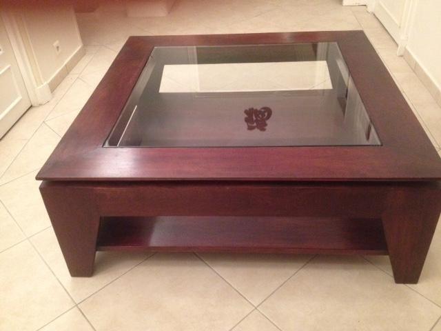 La Basse Vitrine Table De Vends Maison Coloniale nOwP80kX