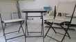 Vends table + deux chaises