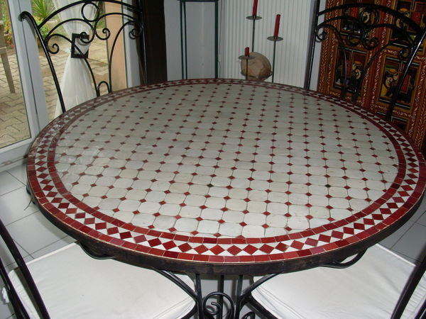 Achetez vends table occasion annonce vente istres 13 for Table a the marocaine