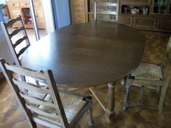 vends table ovale et 4 chaises 100 Loctudy (29)