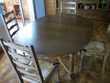 vends table ovale et 4 chaises Meubles