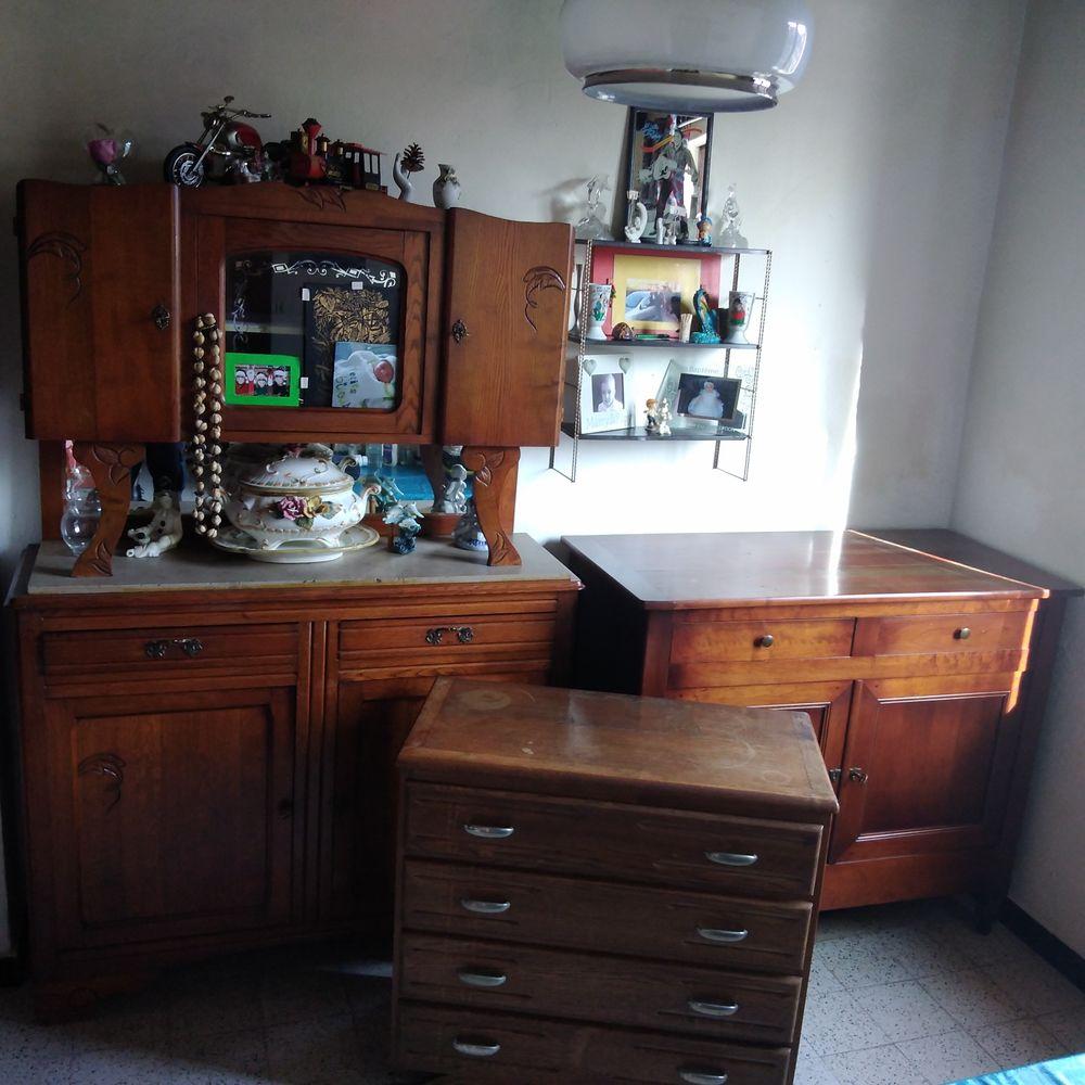 Vent lot 3 meubles anciens rustique 400 Caëstre (59)