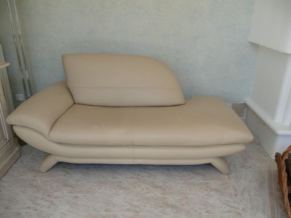 achetez vente canape occasion annonce vente contes 06. Black Bedroom Furniture Sets. Home Design Ideas