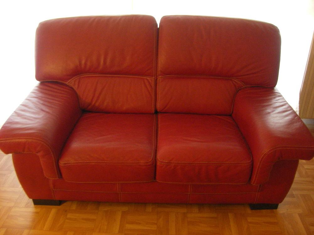 canap s en cuir occasion ozoir la ferri re 77 annonces achat et vente de canap s en cuir. Black Bedroom Furniture Sets. Home Design Ideas