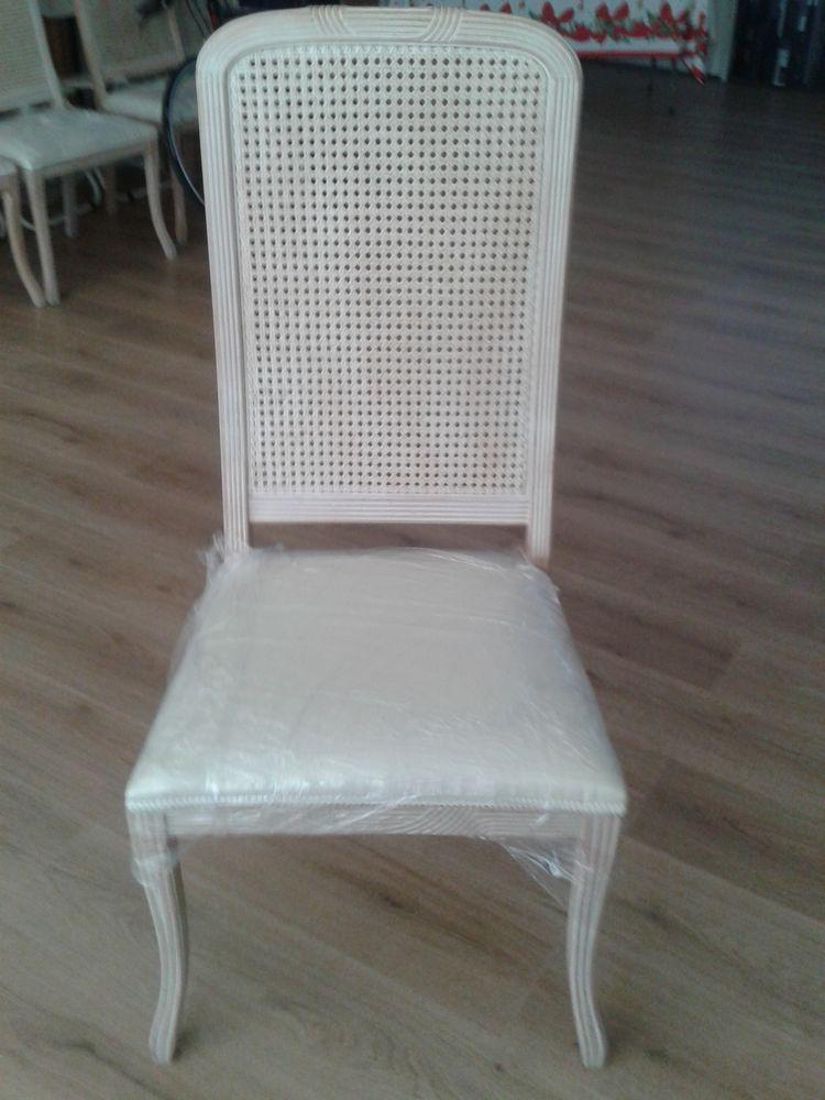 Vente de 6 chaises impeccables ,  540 Antibes (06)