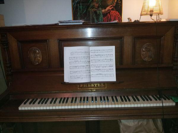 VENTE PIANO PRESTEL 600 La Ciotat (13)