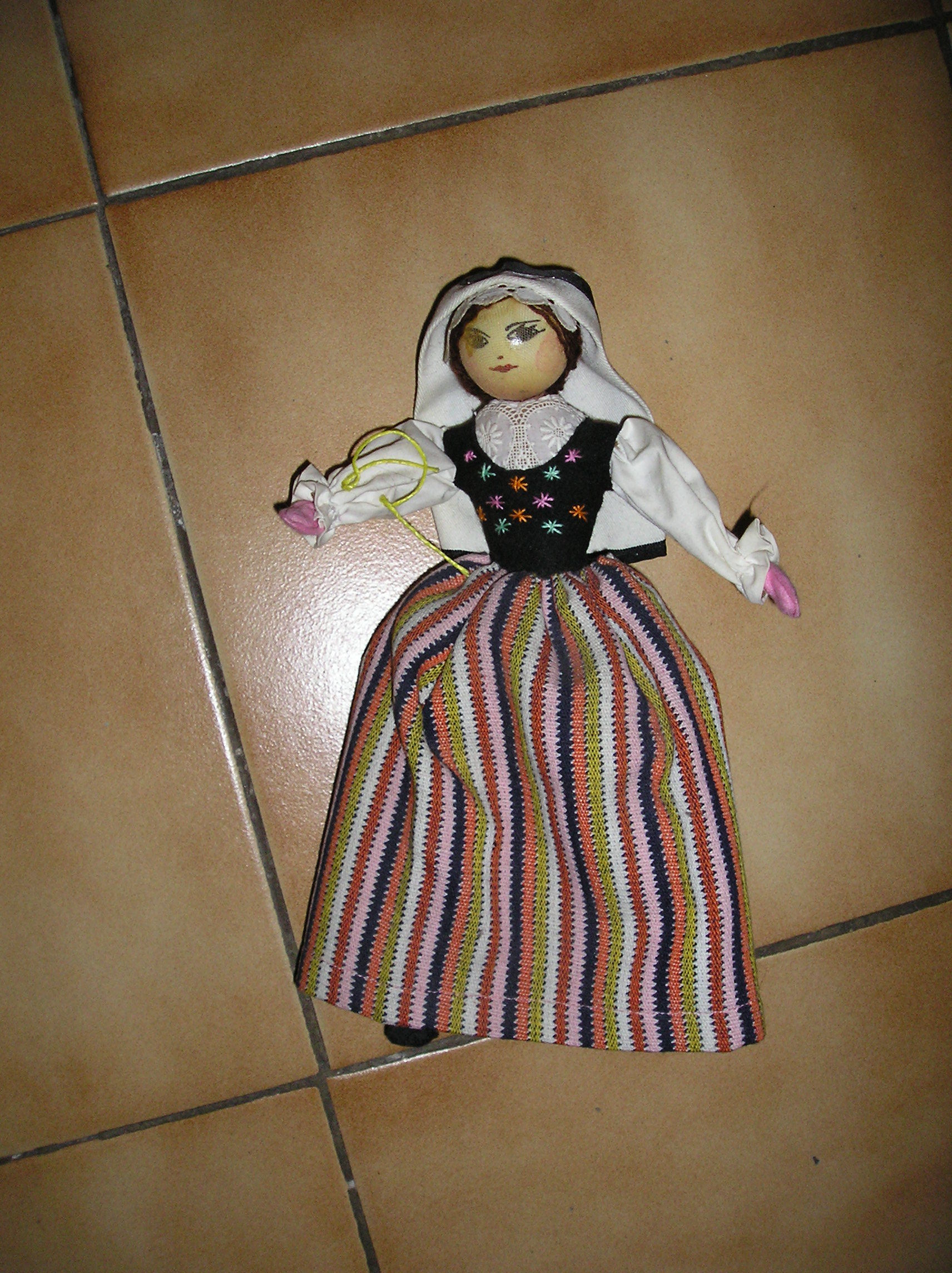 Véritable ancienne  poupée gasconne 15 Septèmes-les-Vallons (13)