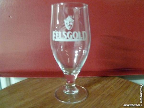 T33: 6 verres à bière FELSGOLD/pied 25 cl 6 Vauréal (95)