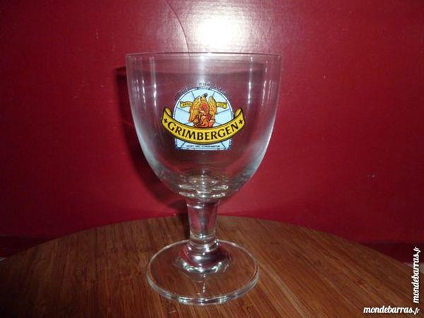 T33: 6 verres à bière GRIMBERGEN logo bleu 25 cl Cuisine
