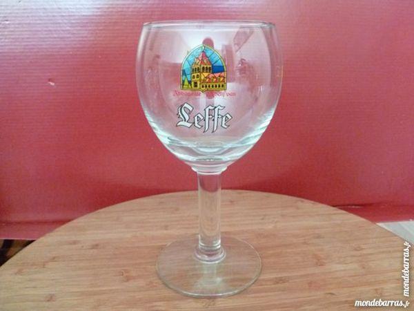 T33: 6 verres à bière LEFFE calice 33 cl 12 Vauréal (95)