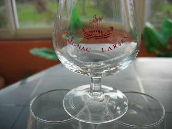 6 verres  à  Cognac LARSEN  8 cl 20 Le Vernois (39)